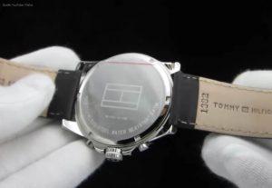 1710294-Bayside-Uhr-von-Tommy-Hilfiger