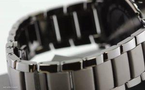 Armani-AR1451-Herren-Chronograph-mit-Keramikarmband
