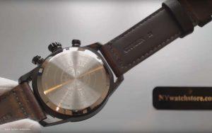 Citizen-Herrenchronograph-mit-dunkelbraunem-Lederarmband-und-Mineralglas