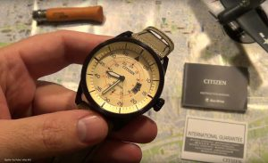 Citizen-analoge-Quarzuhr-mit-ECO-Drive-Technologie