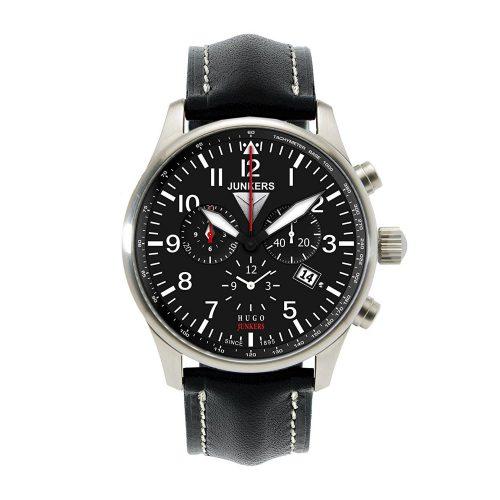 Junkers-Flieger-Chronograph-mit-Tachymeter-Luenette-und-Quarzuhrwerk-1