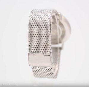 Männeruhr-mit-Netzarmband-in-Silber-und-ultrahartem-Mineralglas