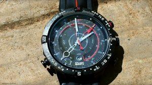 Timex-E-Tide-Temp-Kompass-Uhr-fuer-den-Abenteuerurlaub