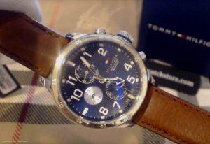 Tommy-Hilfiger-1791137-Herrenuhr-in-Gold-Silber-Braun