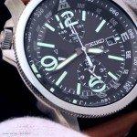 Wasserdichter-Seiko-Sport-Chronograph-mit-serioesem-Design