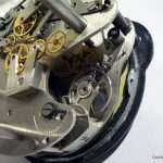 funktionsweise-analoguhr-mechanisches-uhrwerk