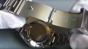Fossil-Herrenuhr-CH2600-mit-Leuchtzeigern-Mineralglas-Quarzwerk