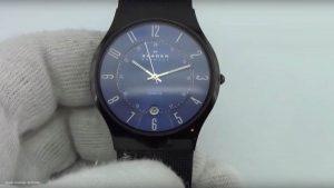 Skagen-T233XLTMN-schwarze-Armbanduhr-aus-Titan